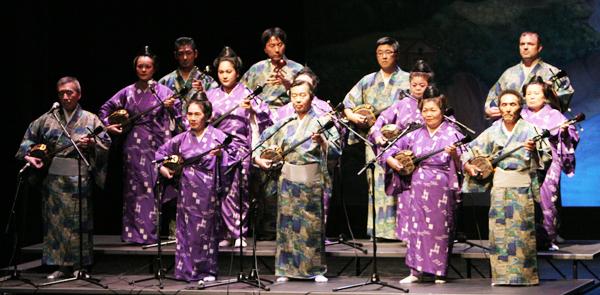 Traditional Okinawan folk music by Ryukyu Minyo Aikoh Kai. (Courtesy of the Okinawa Association of America)