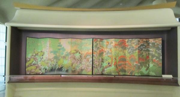 "Imanaka Soyu (1886 – 1959) ""Birds and Flowers"" (Taisho period, 1912-1926), pair of six-panel screens"