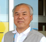 Cultural News editor and delivery boy Shige Higashi shown at Mashiki Emergency Center in Kumamoto in April 2016.