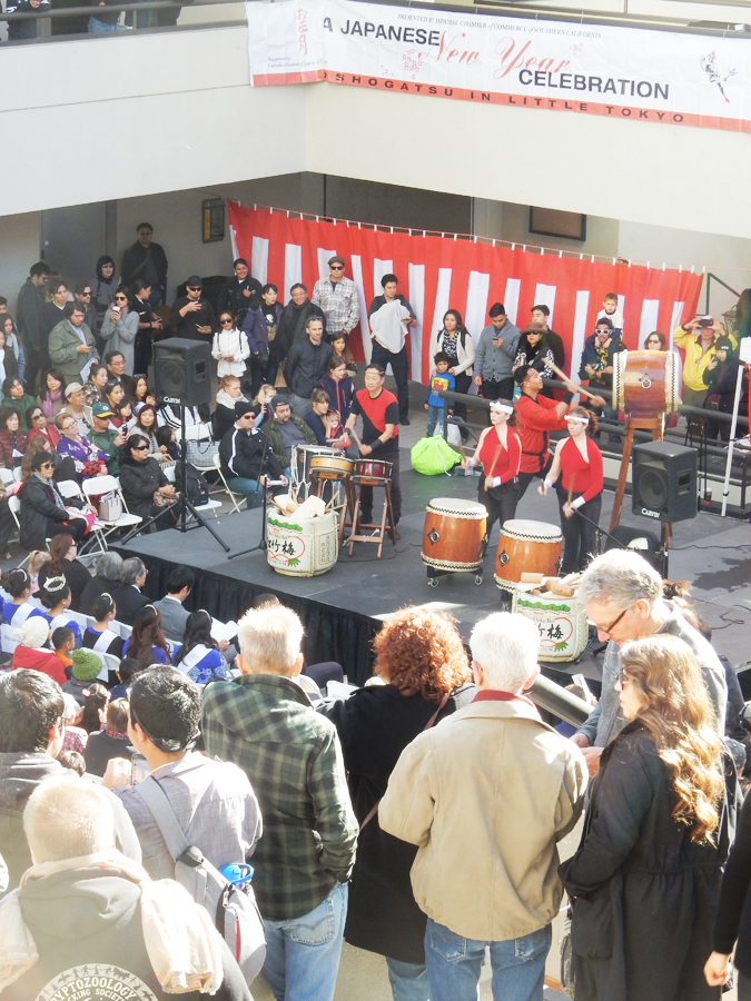 "19th annual ""Oshogatsu in Little Tokyo"" event is organized by the Japanese Chamber of Commerce of Southern California. (Cultural News Photo)"