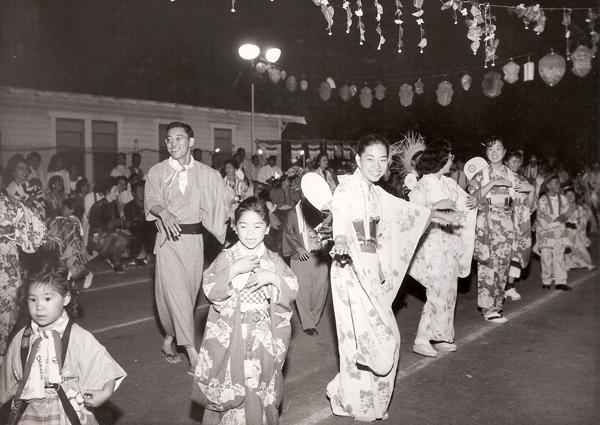 20090818-Nibei-JSC-Senshin_Bonodaori_1950s.jpg